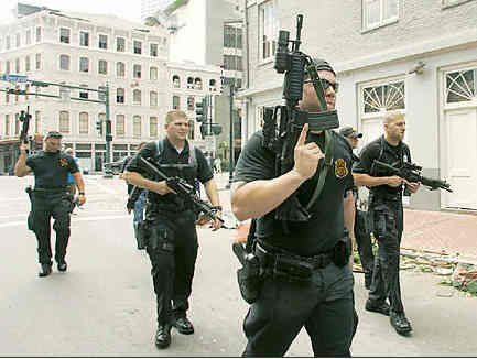 http://unitedcats.files.wordpress.com/2007/07/blackwater_mercenaries.jpg