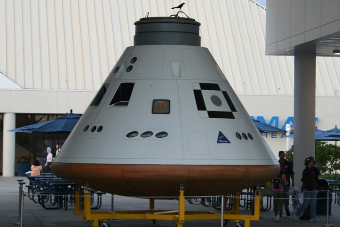Orion_capsule_at_KSC